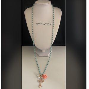 Plunder Kami Necklace - flower & rose gold cross